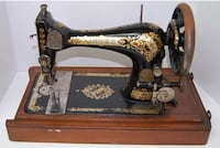 SINGER 1898 SEWING MACHINE Centreville, 20120