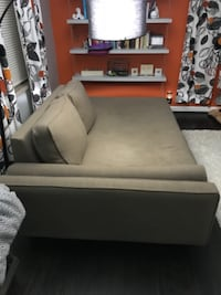 Couch/Lounger Newport
