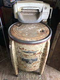 Antique washing machine Gainesville, 20155