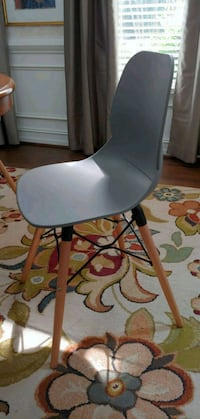 white and black rolling chair Powder Springs