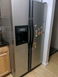 Used Samsung refrigerator plus two water filters Stamford