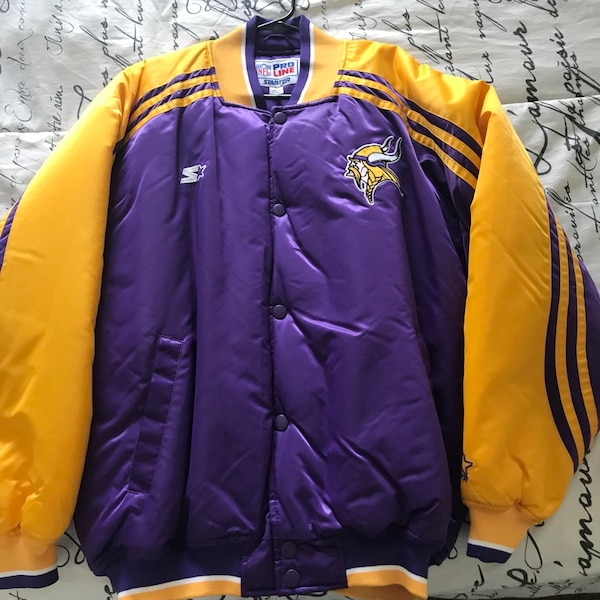 outlet store e6afe 265a7 Minnesota Vikings Jacket