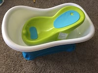 GENTLY USED - Infant Right Height Bath Tub