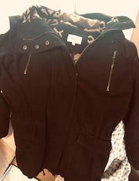 Women's black parka- small Kitchener, N2R 0A4