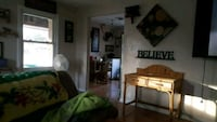 ROOM For Rent 1BR bed female roommate Independence