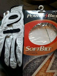 Ladies right hand golf glove  Toronto, M1G 3S8