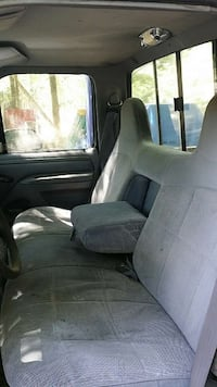 ford truck seat no worn spots or tears