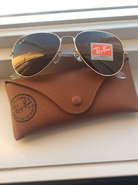 New Pink gold color RayBan Glasses with bronze color lenses  Laval, H7X 3M8