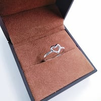 NEW!Simple Hollow Heart Ring 哈里森堡, 22801