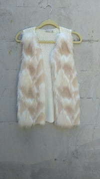 white and brown fur vest Knoxville, 37934