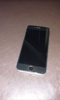 black iPhone 5 with case Newman, 95360