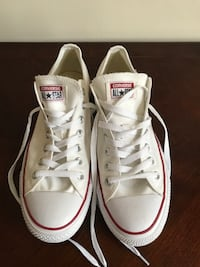 Men's White Converse Low Size 11 Arlington, 22204