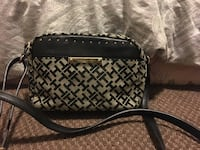 quilted black leather crossbody bag Winchester, 92596