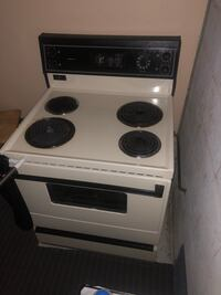Great Condition Stove  Mississauga, L4Z 3T2