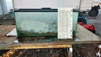 Fish tank crack on bottom good for critters stone  Swanton, 43558