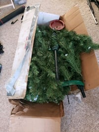 Large Full 6.5'  Mountain king Artificial Christmas Tree