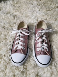 Like New! Girls Converse(Size 12) Milford Mill, 21244