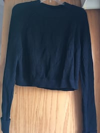 Sweater Lakeshore, N0R 1A0