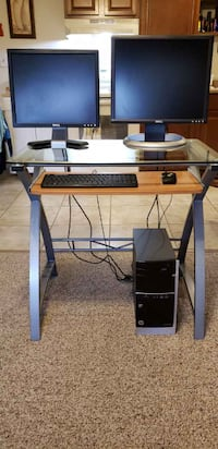 computer  with 2 monitors and desk as shown BABYLON