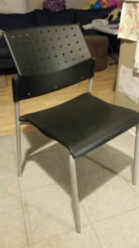16x Chaises sans accoudoirs empilables Sonic Montreal, H1B 2G3