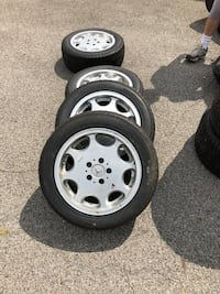 Mercedes rims with tires excellent condition Oakwood, 44146