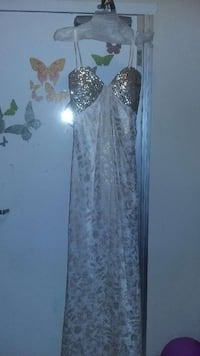 Prom dress gold and white Fort Meade, 20755
