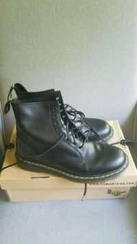 Dr. Marten boots Harpers Ferry, 25425