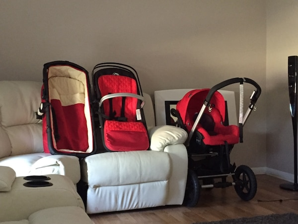 Bugaboo Frog In Excellent Condition Included Is The Bassinet Stroller With Chassis And Printed Black