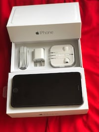 Like new condition factory unlocked 64gb iPhone 6 Plus  Glenview, 60026