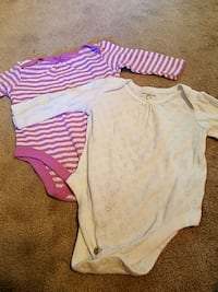 Long sleeve onzie 3 to 6 m for both Conway
