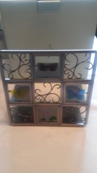 P7729 Butterfly Tealight Easel Metal and Glass Vot