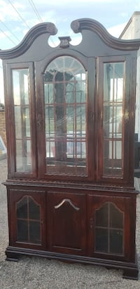 Chinese cabinet good negotiable offer Houston, 77074