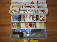 Nice full fishing tackle box MONTREAL