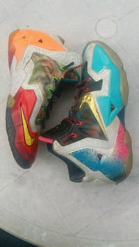 LeBron what the 11 size 9 GUC Columbus, 43207