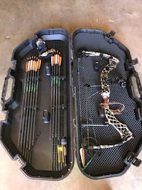 Mathews heli compound bow with case and arrows
