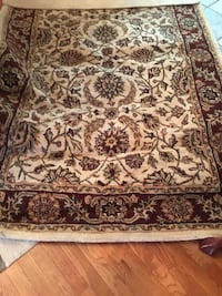 brown and white floral area rug Lancaster, 40444