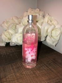 The Body Shop Perfume / Body Mist - Japanese Cherry Blossom - Used Brampton, L7A