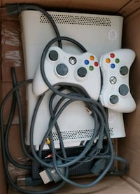 Xbox 360 with games Barrie, L4M 6Z9