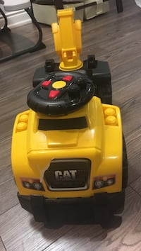 Mega blocks caterpillar ride on car truck toy