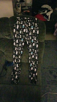 Tights size small Windsor, N9A 3V2