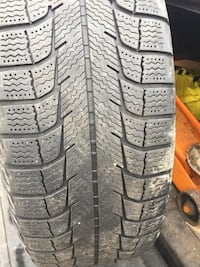 Set of 4 Ford Steel rims with winter tires (195 60 15) Toronto, M9W 4M1