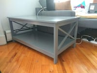 Beautiful modern coffee table in excellent condition Джерси-Сити
