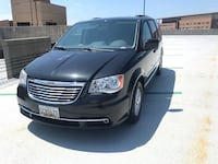 Chrysler - Town and Country - 2011 Riva