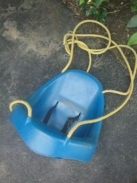 blue and white plastic swing chair New Holland, 17557