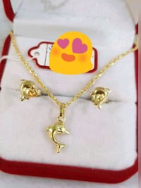 18karat yellow gold dolphin set Beltsville, 20705