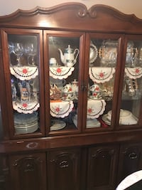 Beautiful Hutch for sale moving sale  price can come down London