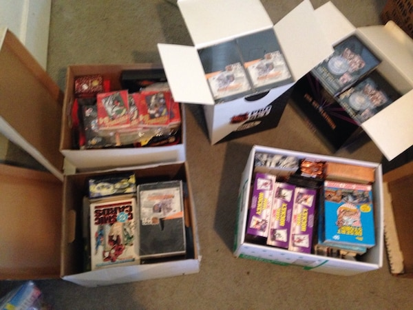 Used Wholesale 55 Wax Box Sports And Non Sports Trading Cards Lot