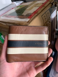 Coach Wallet Woodbridge, 22192
