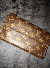 Used Louis Vuittton Leather Wallet  New York, 10461