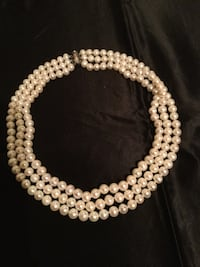 Women's freshwater pearl necklace